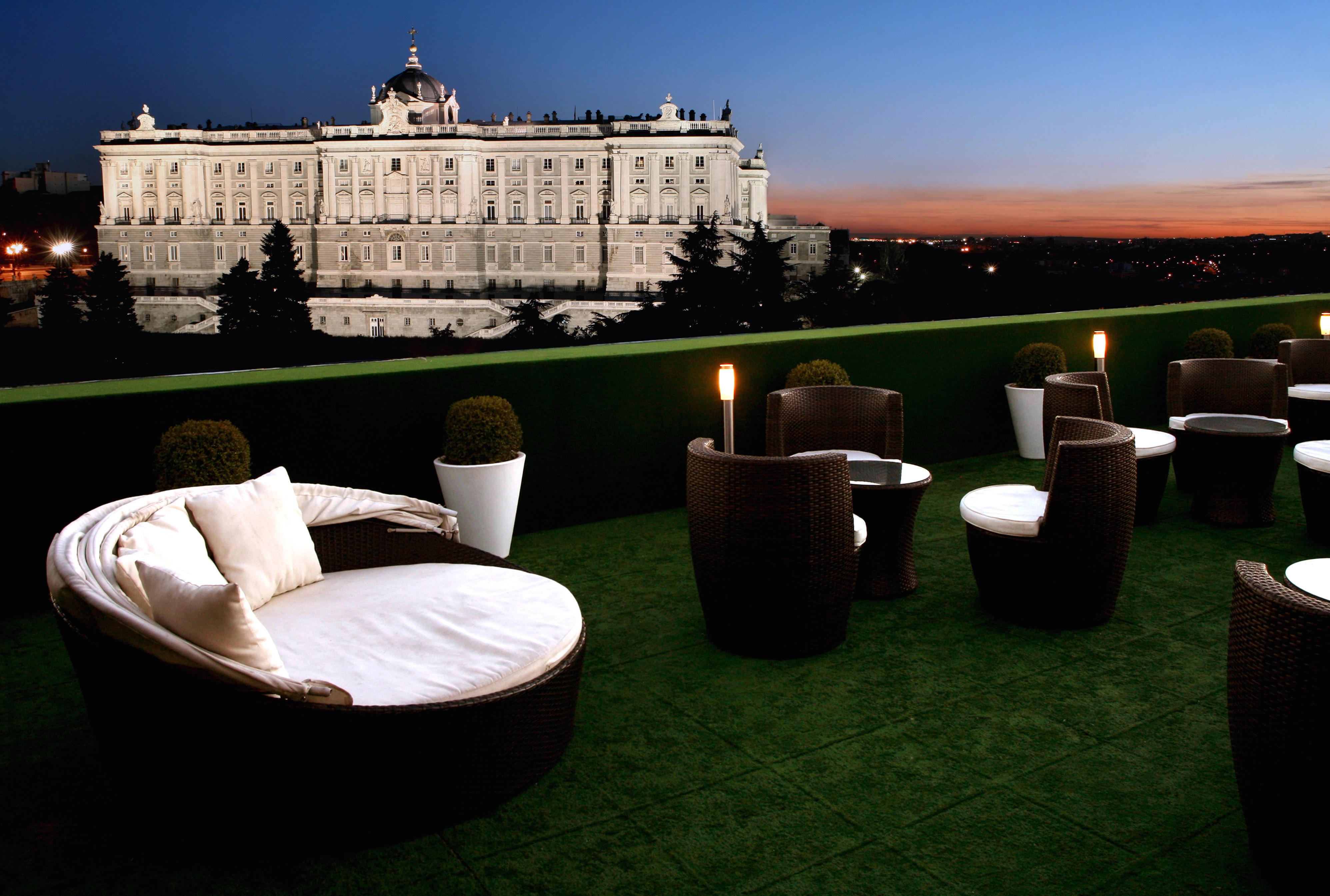 Las mejores terrazas de madrid chic and cheap madrid for Terrazas nocturnas madrid