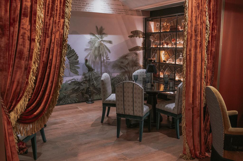 Imagen de La Mentira: carta viajera y ambientazo en el último restaurante en el que cuesta reservar en Madrid